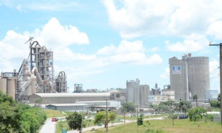 Grupo francês compra 65% da empresa brasileira de cimento Ciplan