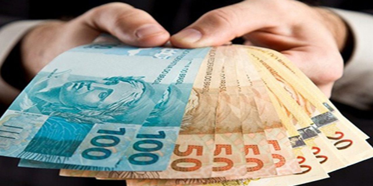 Banco Caixa financia 13º para micro, pequenas e médias empresas