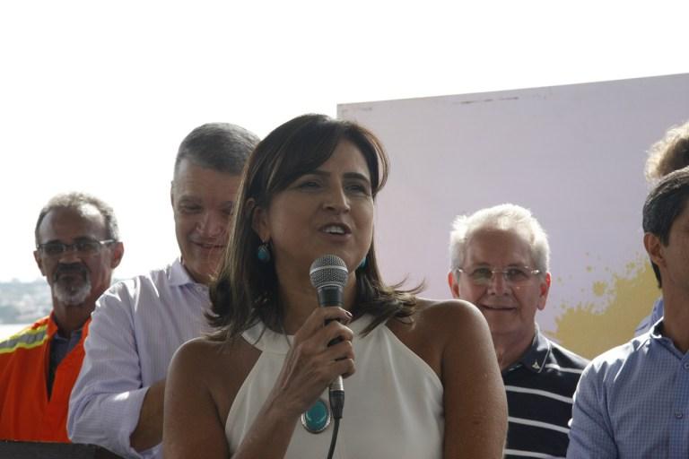 CÂMARA LEGISLATIVA DO DISTRITO FEDERAL REESTRUTURA CARREIRAS DO DER E DA AGEFIS