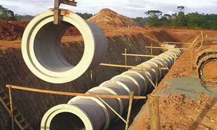 Obras de drenagem pluvial e esgoto no Grande Colorado dependem de regularização