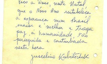 O cartão é de 1966, mas a mensagem continua atual. Feliz Natal para todos nós que amamos Brasília!