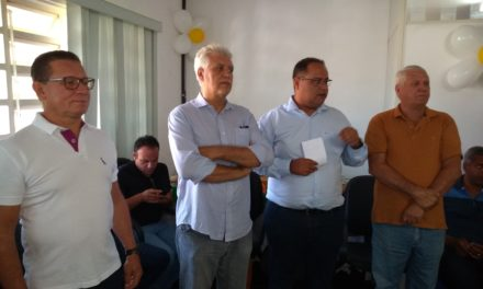Thiago Cunha recebe ex-administradores e lideranças locais