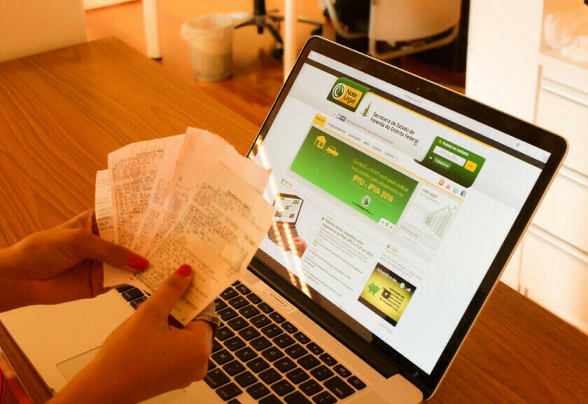 Nota Legal: crédito em dinheiro valerá para quem tem veículo ou imóvel
