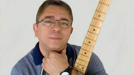 ARTE NA PRAÇA 2 –Simão Santos comemora 40 anos de carreira,ao lado de convidadas na Praça das Artes