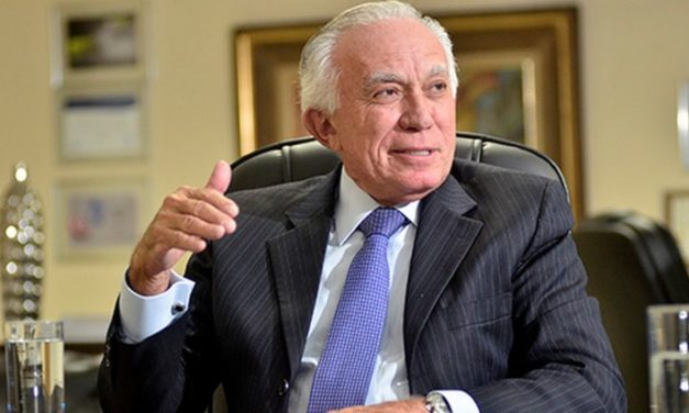 Adelmir Santana renuncia à presidência do Sistema Fecomércio-DF