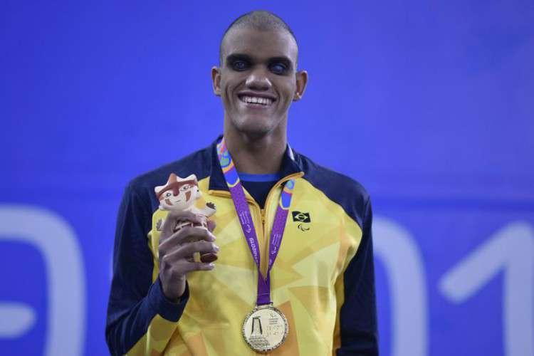 Morador de Sobradinho faz bonito no PARAPAN e ganha Medalhas de Ouro e Prata na natação