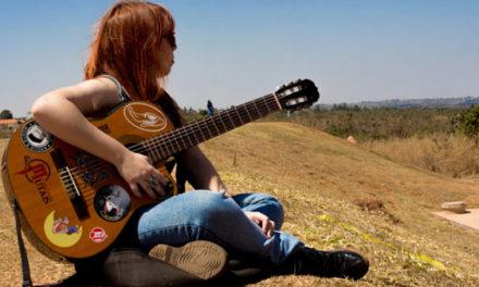 Mariana Camelo lança novo clipe no Youtube