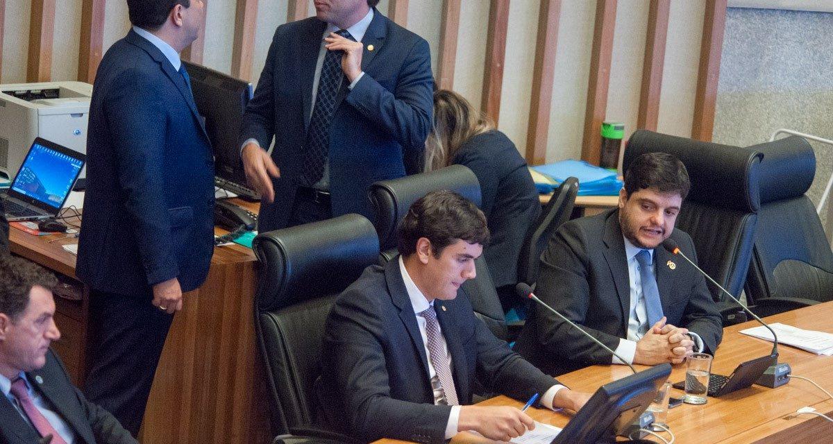 Tramitação digital de documentos é enfatizada em plenário