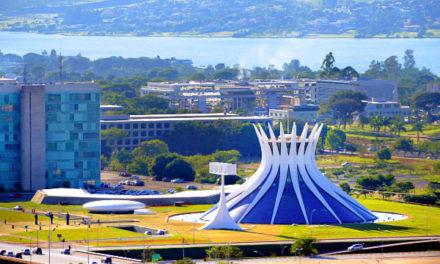 Destinos sem praia estão em alta no verão. Brasília está entre as 10 cidades mais procuradas