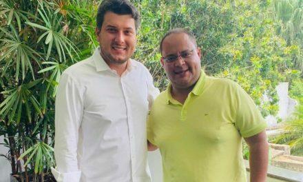 Thiago Cunha fortalece grupo político do Dep. Eduardo Pedrosa