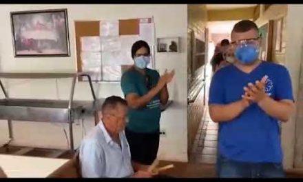 Lar dos Velhinhos faz homenagem a funcionários da instituição