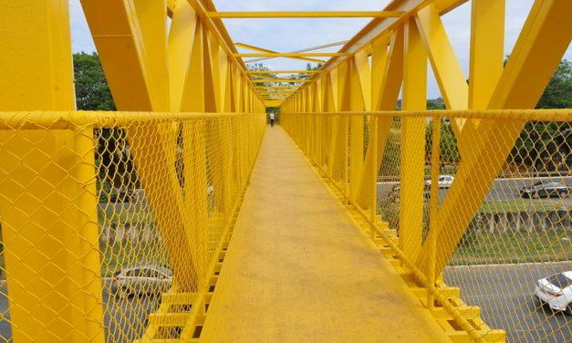 DER-DF começa a revitalizar mais 4 passarelas