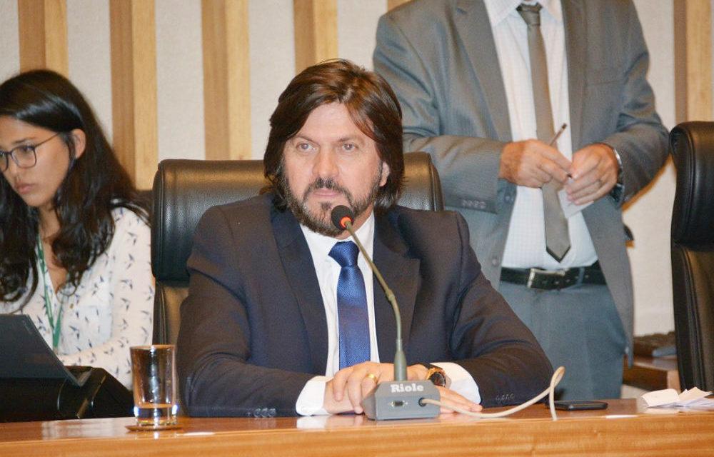 Claudio Abrantes protocola indicação para construção de ciclovia na BR-020
