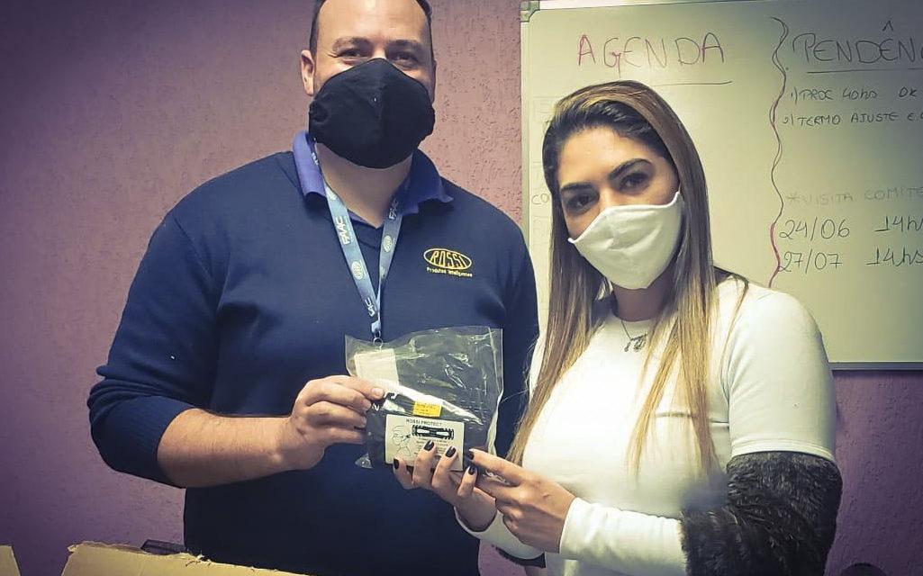 Empresa doa 4 mil extensores de máscara a unidades da Região de Saúde Norte
