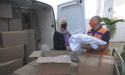 Sesc e Senac entregam 30 mil máscaras de tecido que serão doadas à população carente