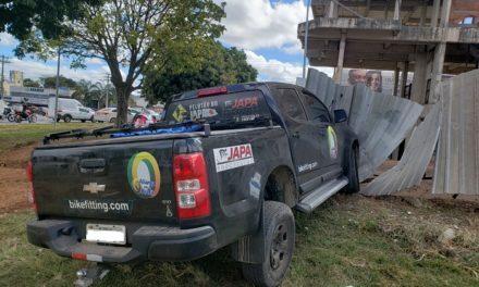 Dupla rouba carro e é presa pela PMDF após fuga na BR 020