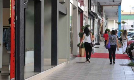 Setores de comércio e serviços do DF registram retomada nas vendas após reabertura econômica, informa Instituto Fecomércio