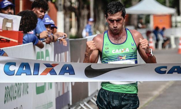 Marchador Caio Bonfim cuida de sua preparação visando os Jogos Olímpicos em Tóquio