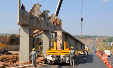 Viaduto do Torto é batizado com nome de engenheiro do DER/DF