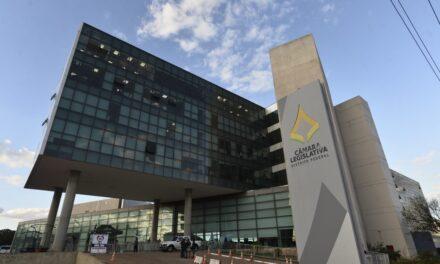 Câmara Legislativa dará mais de R$ 200 mil para quem se aposentar