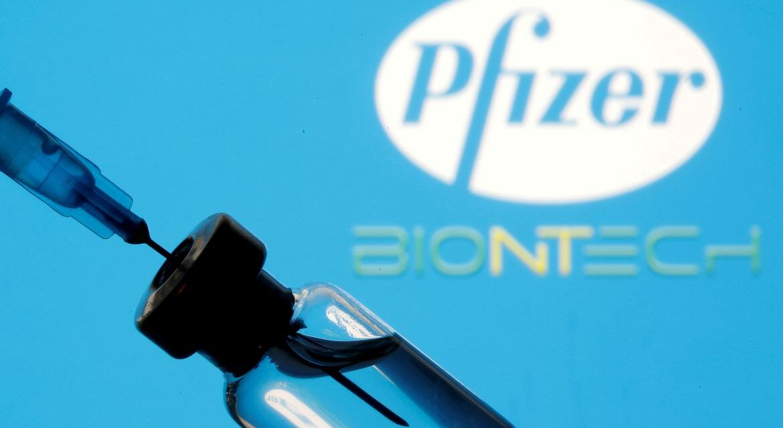 Primeiro lote de vacinas da Pfizer chega ao Brasil
