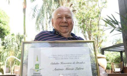 Pediatra Antônio Márcio Lisboa morre aos 94 anos